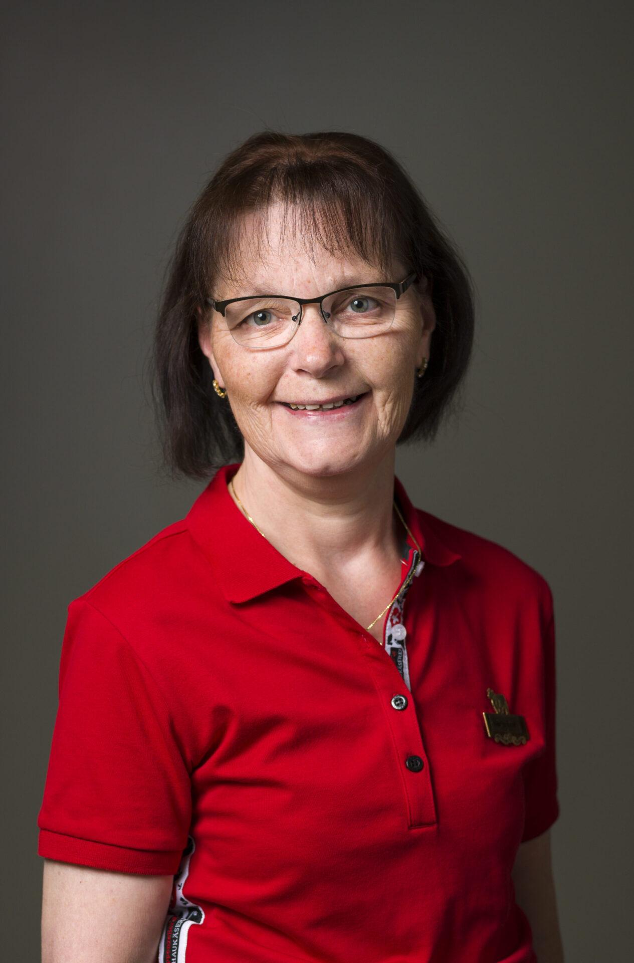 Maria Erni, Service